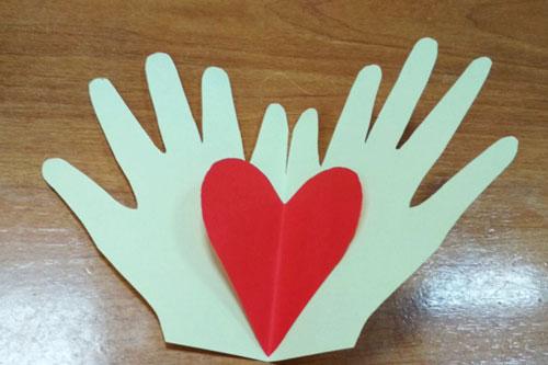 открытка детская своими руками на День матери 3