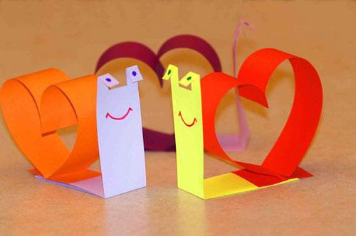 Идеи поделок из бумаги на День матери 5
